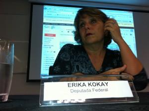 Senhora Érika Kokay, Deputada Federal.